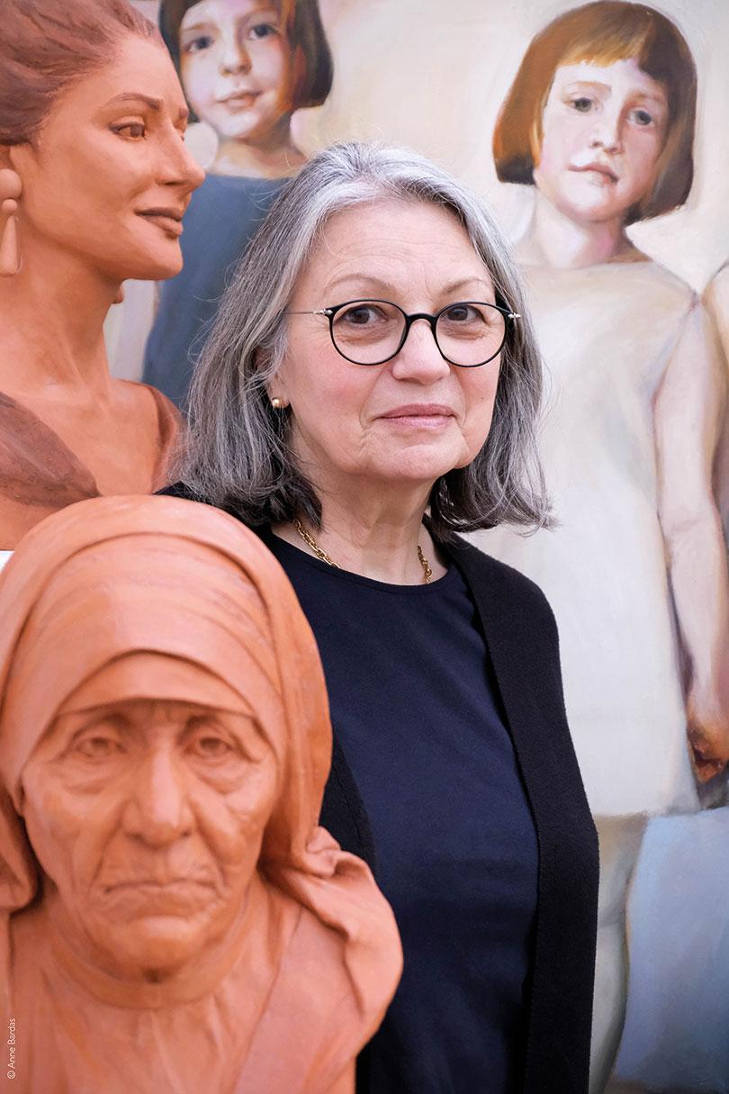 Sylvie Desmoulins, Artiste Peintre et Sculptrice